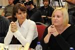 V neděli 30. listopadu proběhl v ostravském hotelu Imperial casting na Českou miss 2009. Na snímku vlevo prezidentka České miss Michaela Maláčová.