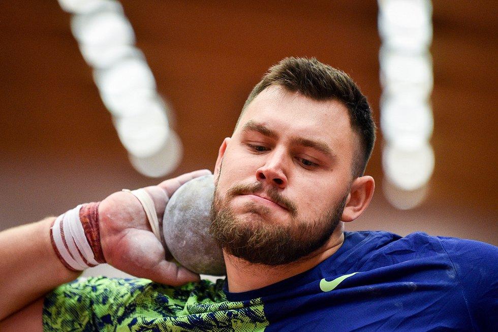 Mezinárodní halový atletický mítink Czech Indoor Gala 2020, 5. února 2020 v Ostravě. Vrh koulí Konrad Bukowiecki z Polska.
