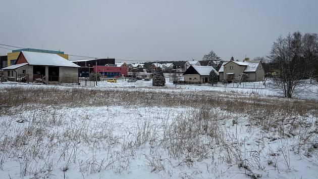 Pozemek v ostravské části Bartovice kde se bude stavět nový místní obchod, 13. ledna 2021 v Ostravě.