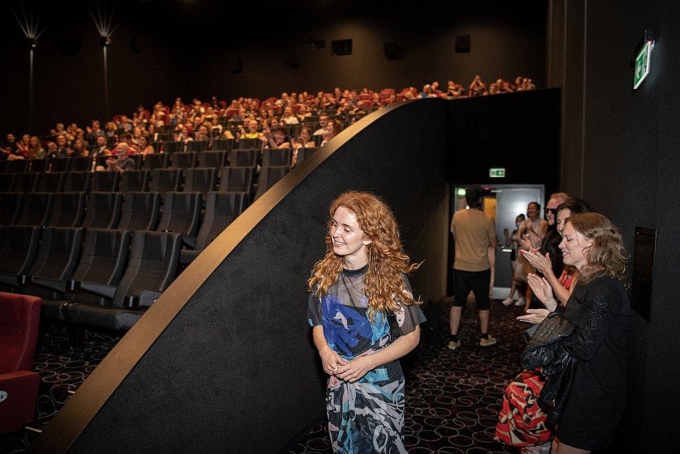 Předpremiéra filmu Shoky a Morthy: Poslední velká akce v ostravském kinu Cinestar, 23. července 2021 v Ostravě. Herečka Martina Babišová.