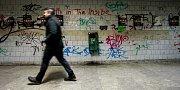 Grafitti a dalšího pouličního umění je prostor Frýdlantských mostů plný, na to si lidi hodně stěžují.
