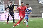 Brno 9.8.2019 - domácí FC Zbrojovka Brno v červeném (Lukáš Magera) proti FK Ústí nad Labem