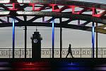 Ostrava si připomíná 75. výročí osvobození. Kvůli koronavirové pandemii musela zrušit veřejné oslavy, město proto v barvě trikolory nechalo 30. dubna 2020 nasvítit dominanty města a vyzvala obyvatele, aby v oknech zapálili svíce. Mají tak uctít památku ne