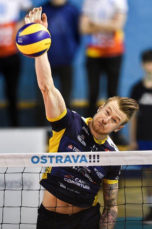 Zápas CEV Volleyball Cup 2020, VK Ostrava - Leo Shoes Modena, 12. února 2020 v Ostravě. Ivan Zaytsev z Modeny.