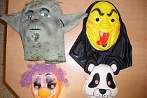 Nejméně padesát maskovaných mladíků vyděsilo v sobotu 18. června návštěvníky a zaměstnance Shopping Parku v Ostravě-Zábřehu. Výtržníci měli na tvářích šály, kukly a masky.