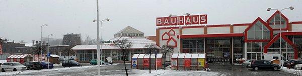 Prodejna Bauhaus vcentru Ostravy letos na jaře skončí. Co bude sní, ale ise sousedícím areálem městských jatek, stále není jasné.