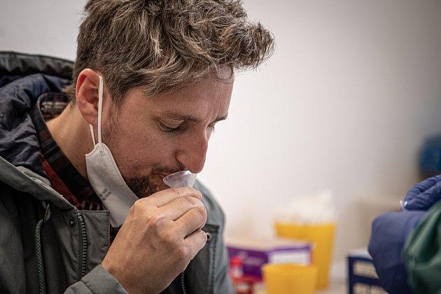 Jako první na Moravě laboratoře AGELLAB umí detekovat přítomnost koronaviru ze vzorku slin, 25.ledna 2021vOstravě.