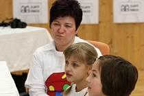Regionální kolo soutěže o nejoblíbenějšího učitele v republice Zlatý Ámos proběhlo ve středu v Domě dětí a mládeže ve Vratimově.