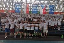Pět dní nabitých basketbalem. Česko-polský kemp si užilo na padesát chlapců.