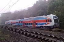 Osobní vlak City Elefant jedoucí z Českého Těšína do Opavy, který vykolejil mezi stanicemi Ostrava-Svinov a Ostrava-Vítkovice.