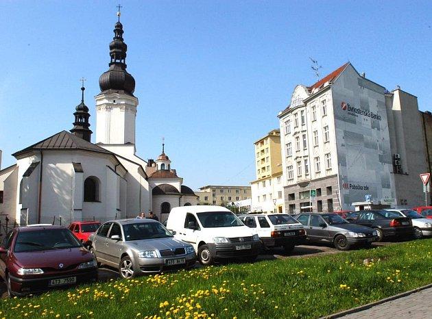 Proluka na Kostelním náměstí má být zastavěna. Rozhodli o tom ostravští zastupitelé.