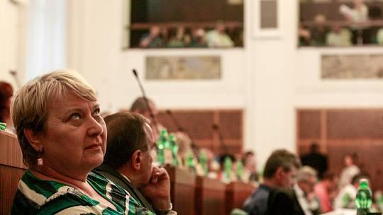 Liana Janáčková na zastupitelstvu města Ostravy, červen 2018. Ilustrační foto.