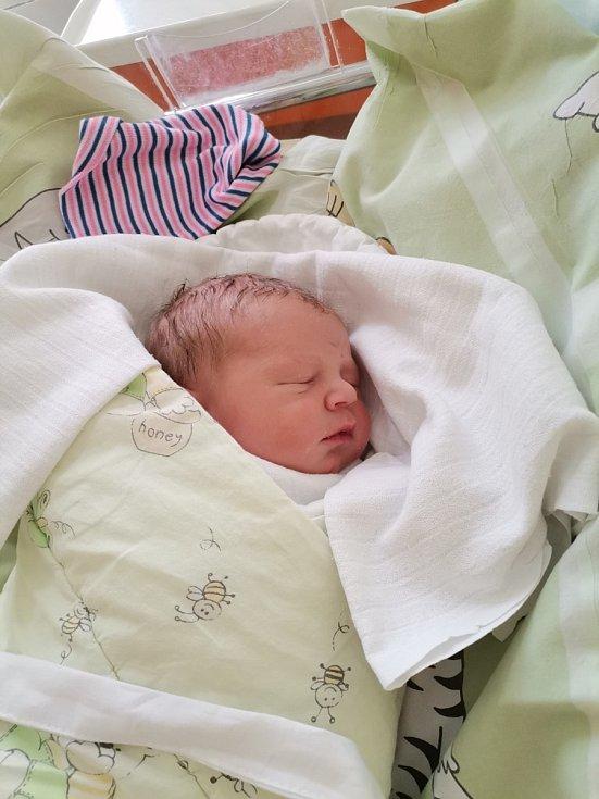 Sebastian Vašek z Havířova, narozen 5.5. 2021 v Havířově, míra 50 cm, váha 3540 g. Foto: Michaela Blahová