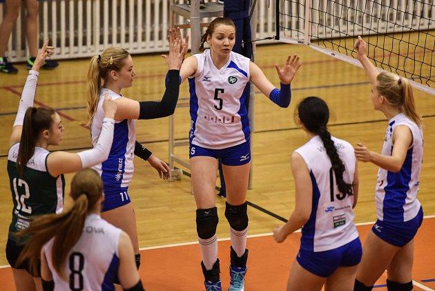 Extraliga žen - Utkání o 3. místo: TJ Ostrava - VK Královo Pole - 1. utkání: TJ Ostrava vs. VK Královo Pole 3:0 hrané 29. dubna v Ostravě.