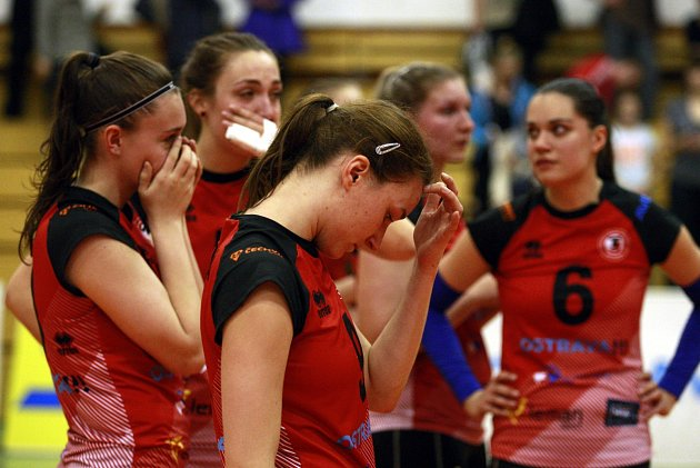 SMUTEK. Volejbalistky TJ Ostrava bronz neobhájily, v sérii play-off o 3. místo podlehly KP Brno 1:2 na zápasy.