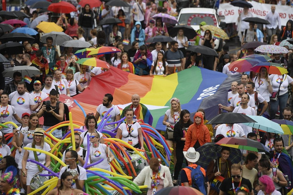 Akce Pride, pochod LBGT (lesby, gayové, bisexuálové a transgender osoby). Ilustrační foto.