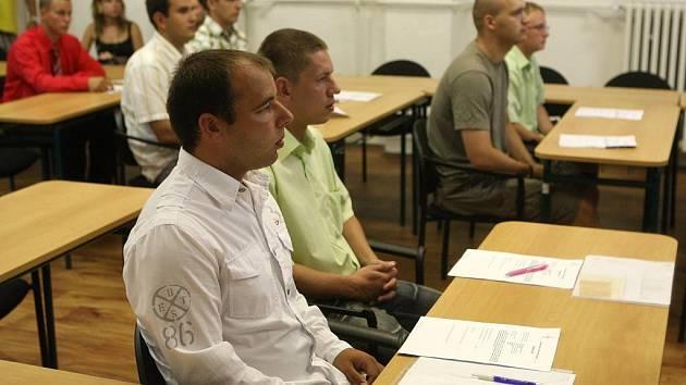 Ostravskou policii posílilo v pondělí dvanáct nováčků.