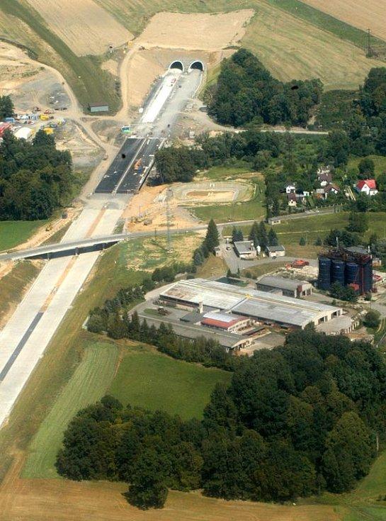 Tunely na dálničním úseku u Klimkovic