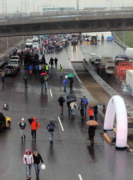 Otevření ostravského úseku dálnice D47 se zúčastnily stovky lidí