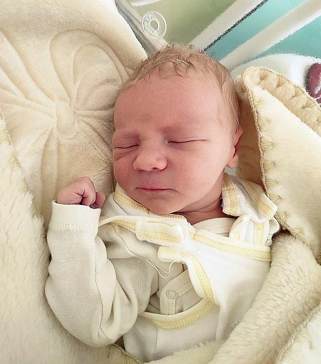 Martin Kudláček, Pržno, narozen 2. května 2021 ve Frýdku-Místku, míra 51 cm, váha 3820 g. Foto: Jana Březinová
