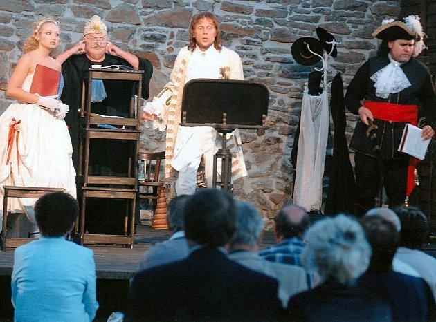 Na snímku ukázka z představení na Slezskoostravském hradě
