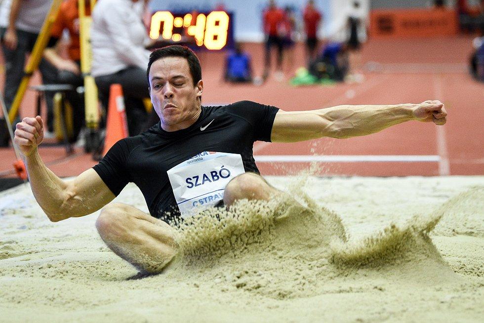 Mezinárodní halový atletický mítink Czech Indoor Gala 2020, 5. února 2020 v Ostravě. Skok daleký, muži László Szabó z Maďarska.