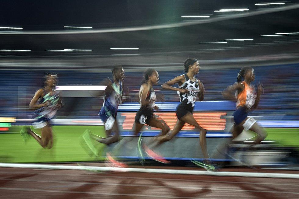 Zlatá tretra Ostrava - 59. ročník atletického mítinku, 8. září 2020 v Ostravě. Závod 5000m ženy - (druhá zprava) Sifan Hassan.