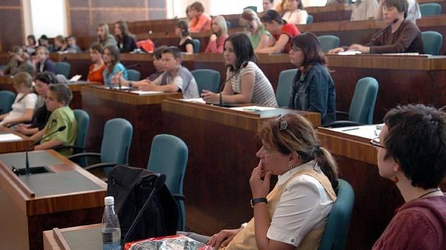 Zasedání dětského parlamentu v Ostravě