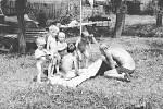 Stonáčková Věra, Bruntál,  Razová 1987, dovolená u prababičky