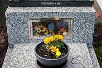 Památka všech zemřelých (2. listopadu), lidově označovaná Dušičky, patří k nejstarší křesťanské tradici.