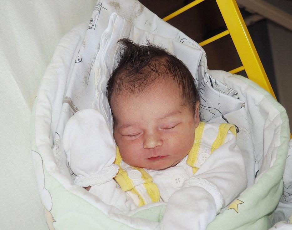 Veronika Kvíčalová se narodila 14. 9. 2020, vážila 3490 g a měřila 51 cm. Bydliště Třinec. Fakultní nemocnice Ostrava. Foto: J. Gojová