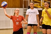 Volejbal ženy - trenink.