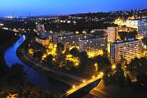Pohled na noční Ostravu z věže Nové radnice