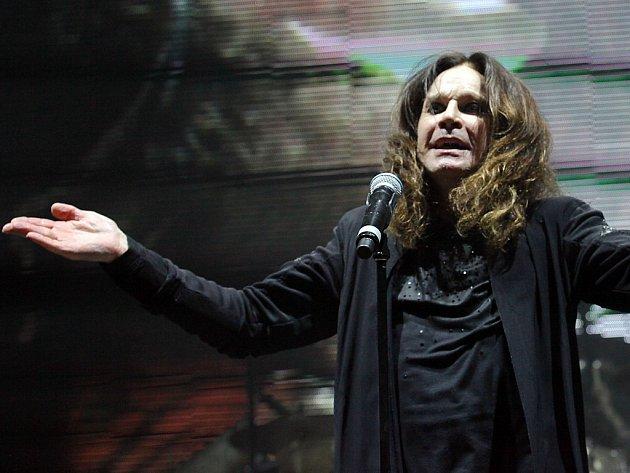 Ozzy Osbourrne na snímku z pražského koncertu Black Sabbath v červnu 2016.