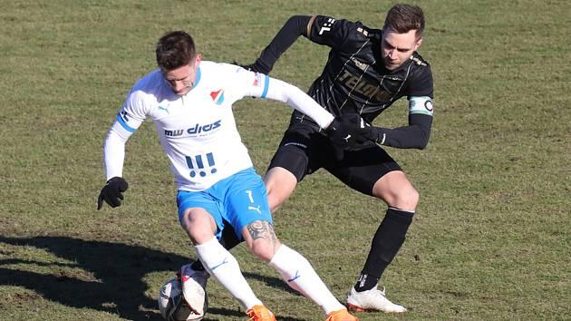FC Baník Ostrava – FK Jablonec - Utkání 19. kola první fotbalové ligy: FC Baník Ostrava – FK Jablonec 2:1, 14. února 2021 v Ostravě. Vlevo Martin Fillo.