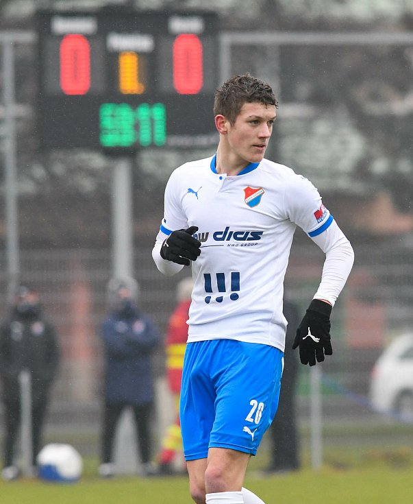 Fotbalisté Baníku Ostrava prohráli přípravné utkání s druholigovým Prostějovem 0:1. (6. ledna 2021, Ostrava). Na snímku Daniel Šmiga.