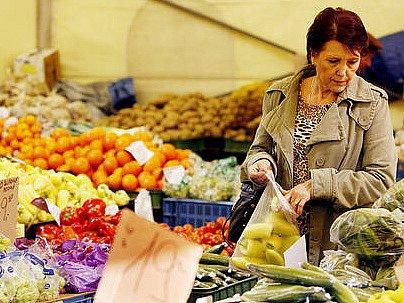 Také ovoce a zelenina patří mezi potraviny, které zemědělští a potravinářští inspektoři