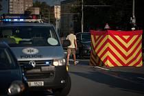 Řidič v Karviné srazil ženu přecházející silnici mimo přechod. Ta nepřežila. Ilustrační foto.