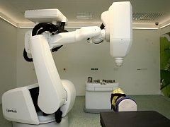 Robotický ozařovač CyberKnife ve FN Ostrava-Poruba byl prvním svého druhu ve střední a východní Evropě.