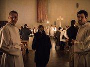 MISSY CHRISMATIS, mše spojené se svěcením olejů a obnovou kněžských slibů, se zůčastnilo přes sto kněží ostravsko-opavské diecéze. Hlavním celebrantem byl českobudějovický světící biskup Pavel Posád.