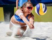 Turnaj Světové série Ostrava Beach Open, 21. června 2018, na snímku Martina Bonnerová