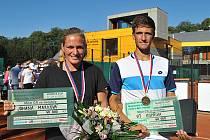 Mistrovství ČR v tenise se letos uskuteční v Ostravě od středy 18. do neděle 22. srpna. Na snímku loňští vítězové.