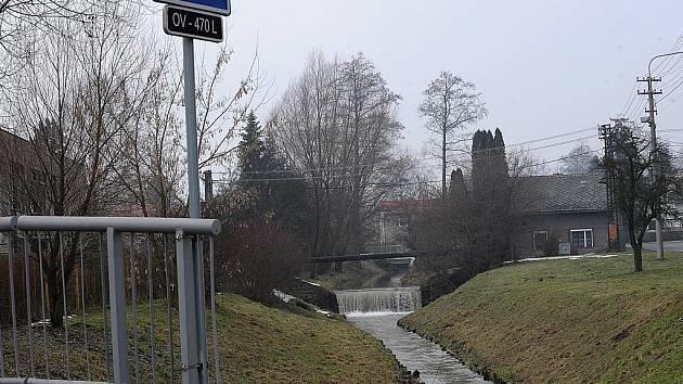 Potok v Polance nad Odrou nedává místním spát.