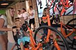 Festival Energie pro kulturu v kouzelném prostředí ostravských Dolních Vítkovic přinesl radost stovkám diváků a zároveň pomohl dobré věci.