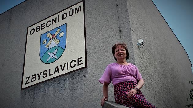 Starostka Zbyslavic Regína Vřeská.