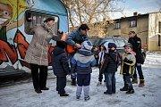Lokalita v Cihelní ulici v Ostravě. Lidé ze střediska Don Bosco sem přijíždějí pravidelně třikrát týdně.