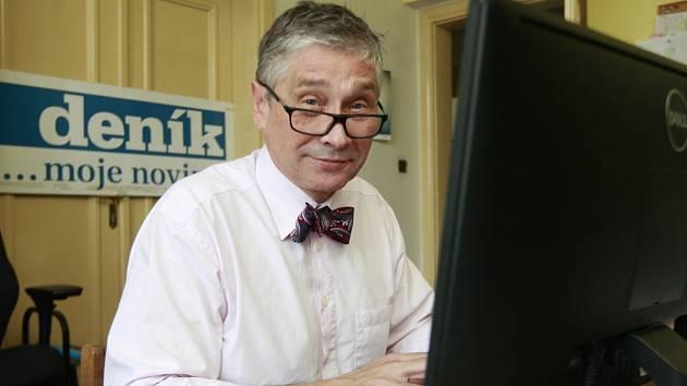 Ivo Vondrák jako host on-line rozhovoru v ostravské redakci Deníku.