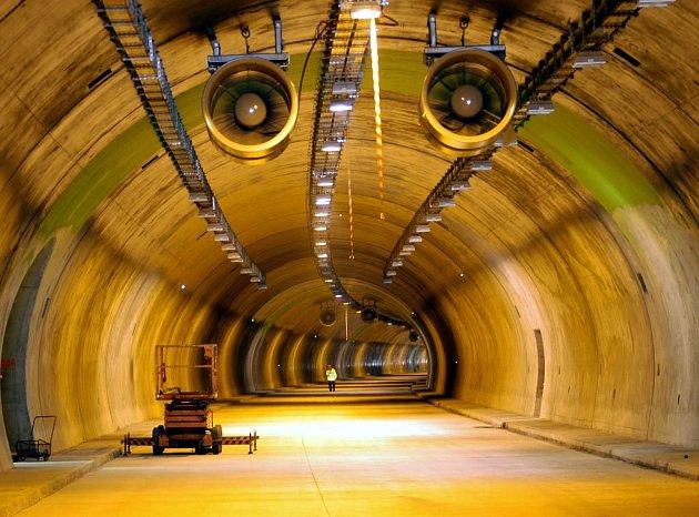 Tunel budovaný u Klimkovic je součástí dálnice D47