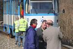 Vyšetřování srážky tramvají v dubnu 2008.