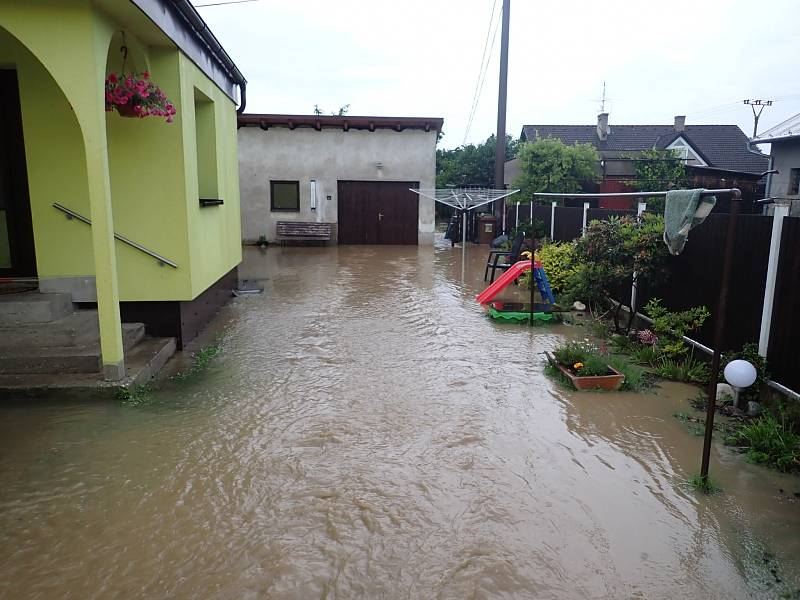Důsledek přívalových deštů v Nové Bělé, čtvrtek 18. června.